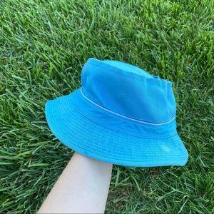Vtg 70s powder blue bucket hat